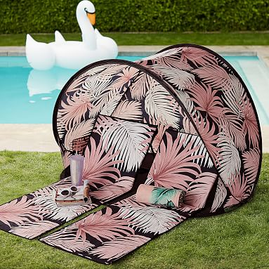 The Emily Amp Meritt Desert Palm Beach Lounger And Sun Shade