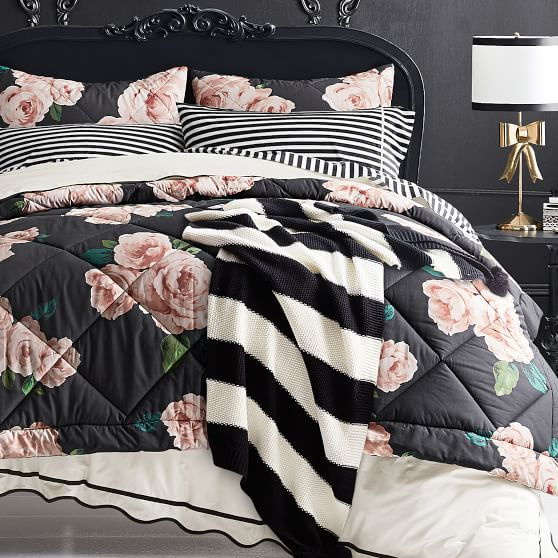 Blush Bed Of Roses S Comforter